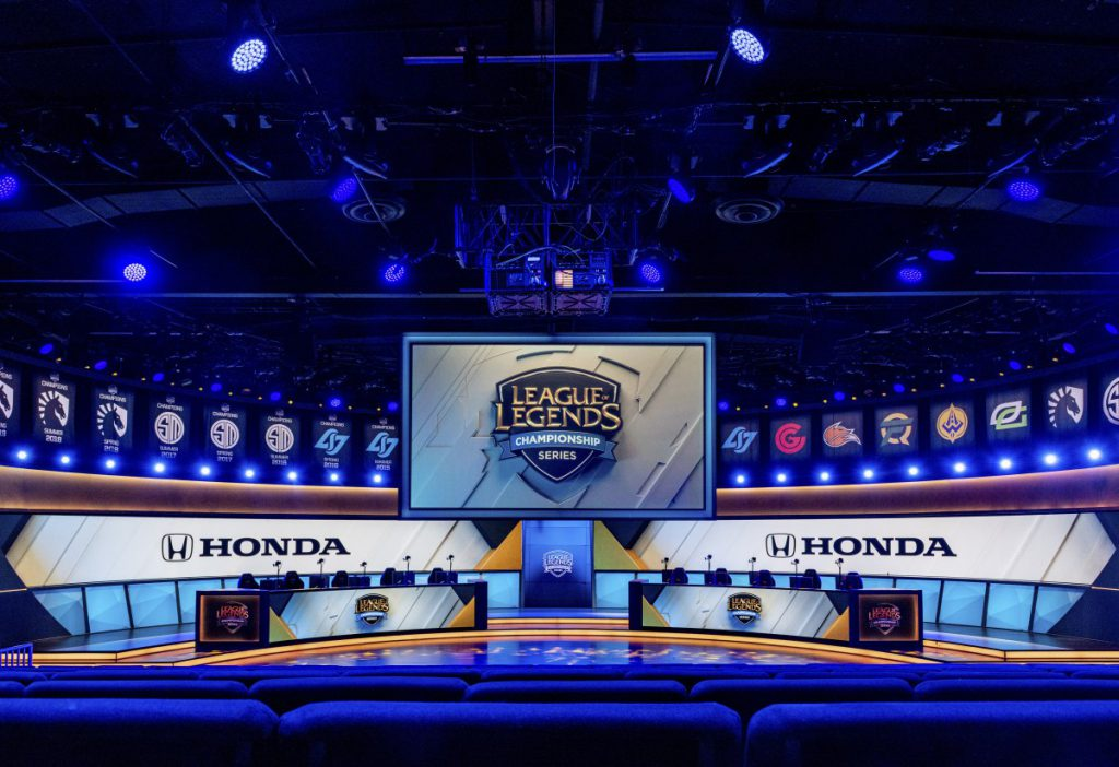 honda riot  1024x702 - Honda doubles down on esports integration with Twitch reveal campaign