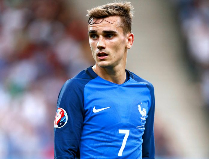 Antoine Griezmann in France colours