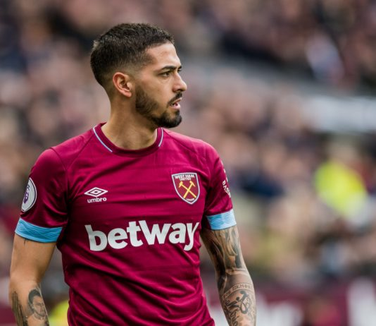 Manuel Lanzini in action for West Ham United