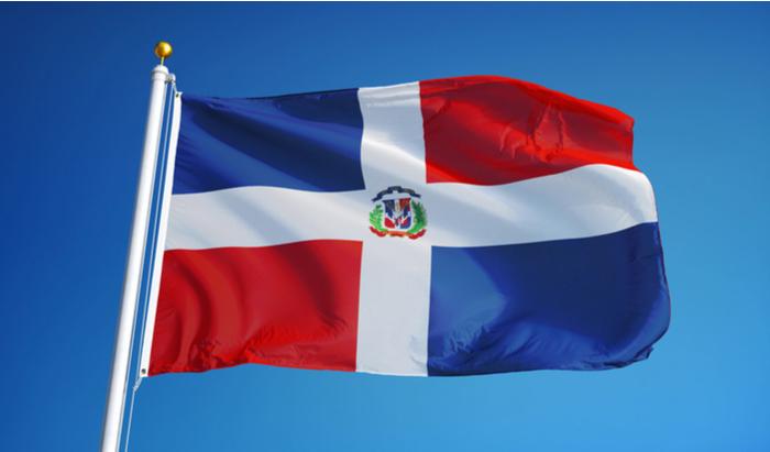 The Dominican Republic's Federación Nacional de Bancas de Loterías has criticised Luis Alberto Tejeda for the operation of lottery shops in the country.