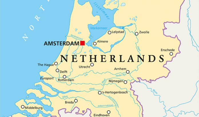 The Netherlands' minister for legal protections, Sander Dekker, has responded to reports in the Dutch press criticising the promotion of Nederlandse Loterij on the website of the mental health charity, Mind