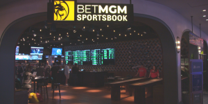 BetMGM-Sportsbook-at-Park-MGM-e1583751463607-300x150.png