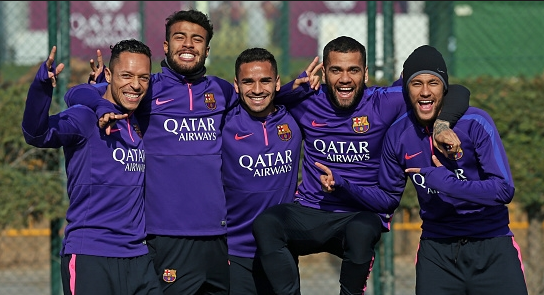 purchase cheap 60b3b c1a2b Botemania in-line for €80 million FC Barcelona training kit ...