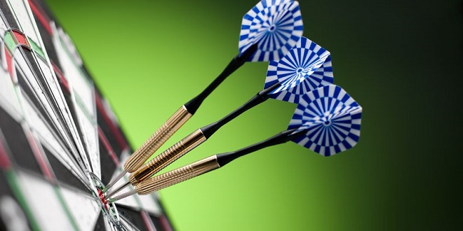 Darts - Copyright: sergign / 123RF Stock Photo