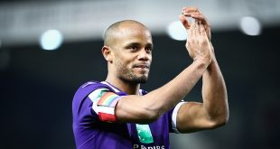 Belgian - Anderlecht's Vincent Kompany celebrates after winning a soccer match between Waasland-Beveren and RSC Anderlecht, Saturday 29 February 2020 in Beveren, on day 28 of the 'Jupiler Pro League' Belgian soccer championship season 2019-2020. BELGA PHOTO VIRGINIE LEFOUR